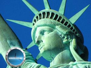 Uhrzeit New York an der Freiheits Statue