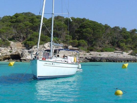 Uhrzeit Menorca - Schiff