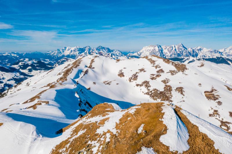 Uhrzeit in Österreich in den Bergen